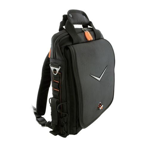Сумка для ноутбука, которая трансформируется в рюкзак.